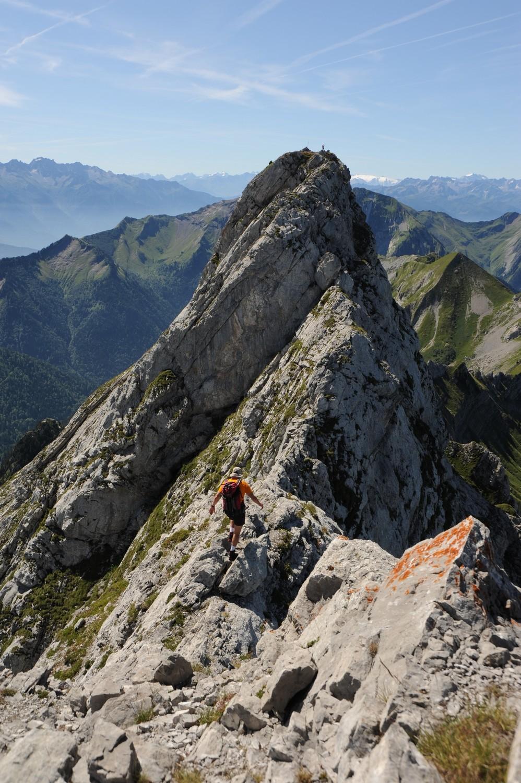 sur l'arête nord avant d'atteindre le sommet de l'Arcalod