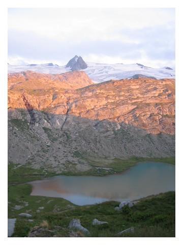 Coucher du soleil sur le glacier du Ruitor