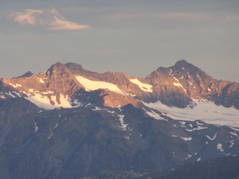 Levé du jour sur la Pte Renod et du Bouchet, Mt Guisalet