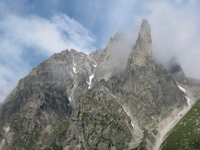 Petit Clocher du Portalet depuis le vallon d'Arpette de Saleina
