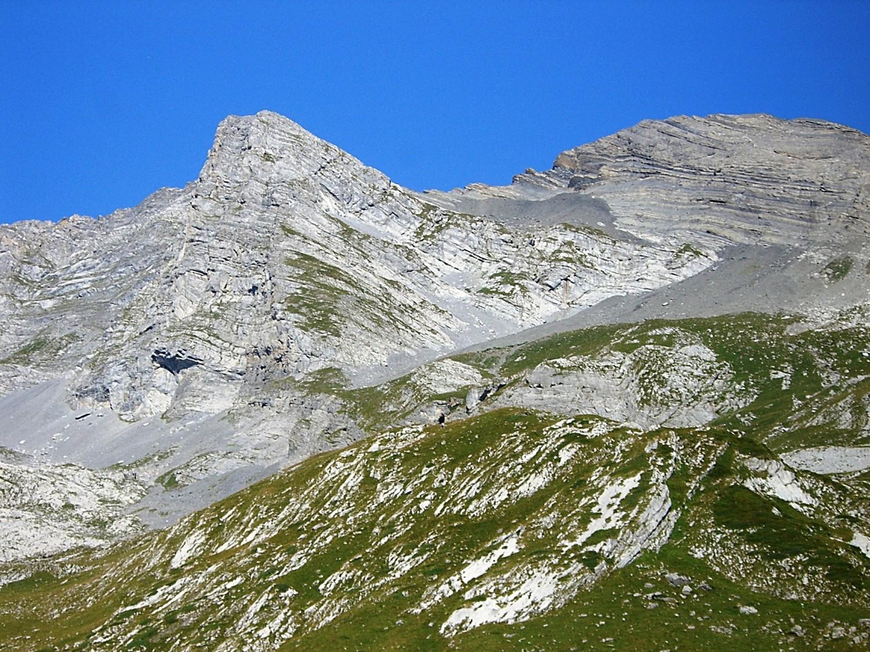 Pas de Derbon et Tête Tsernou (2733 m.)