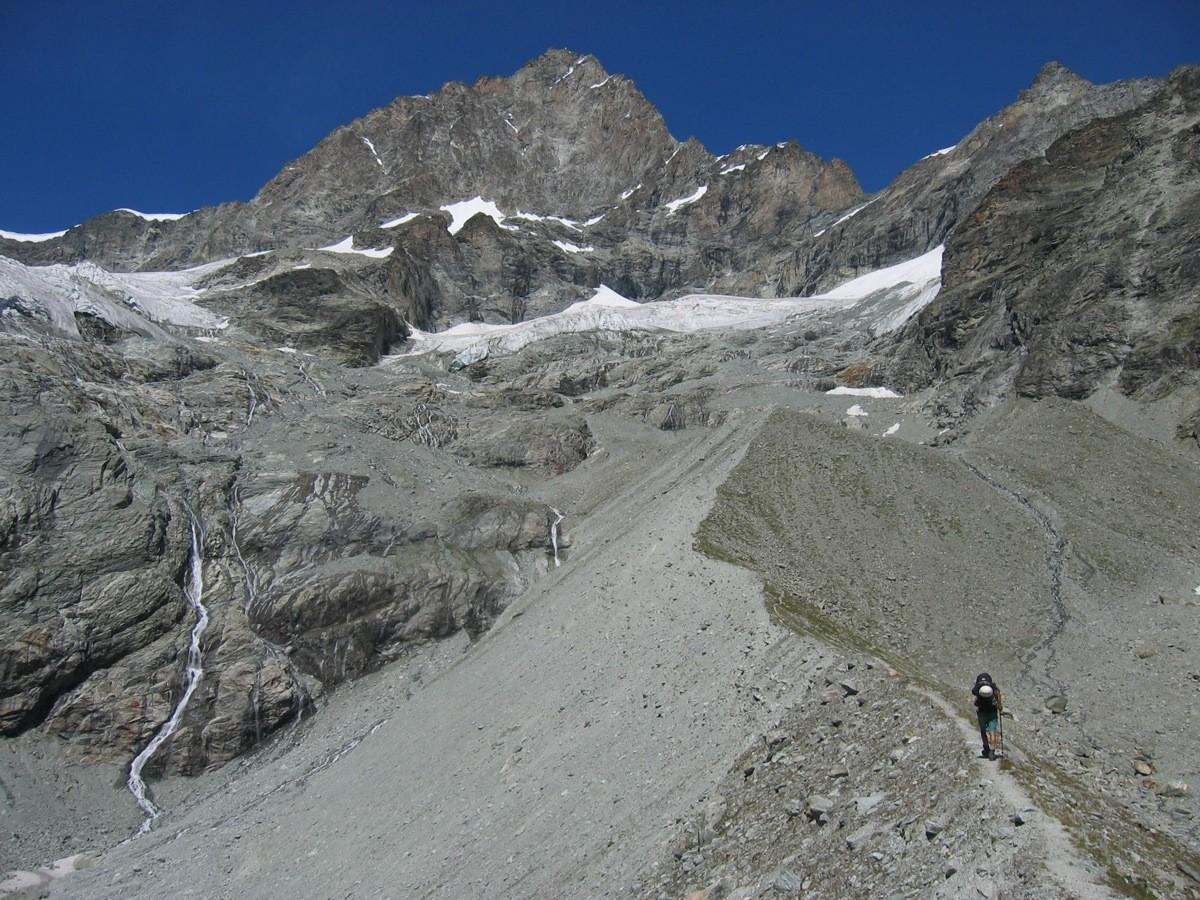 Moraine d'Arben et face S de l'Ober Gabelhorn