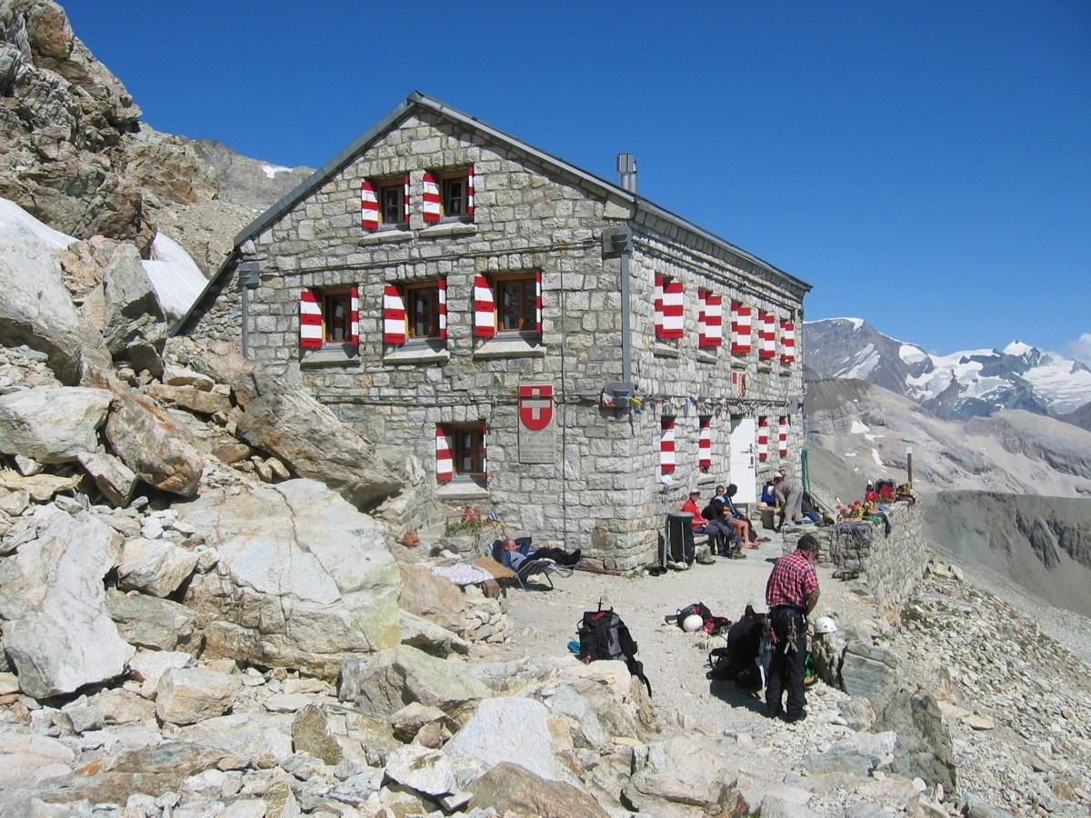 Rothornhütte