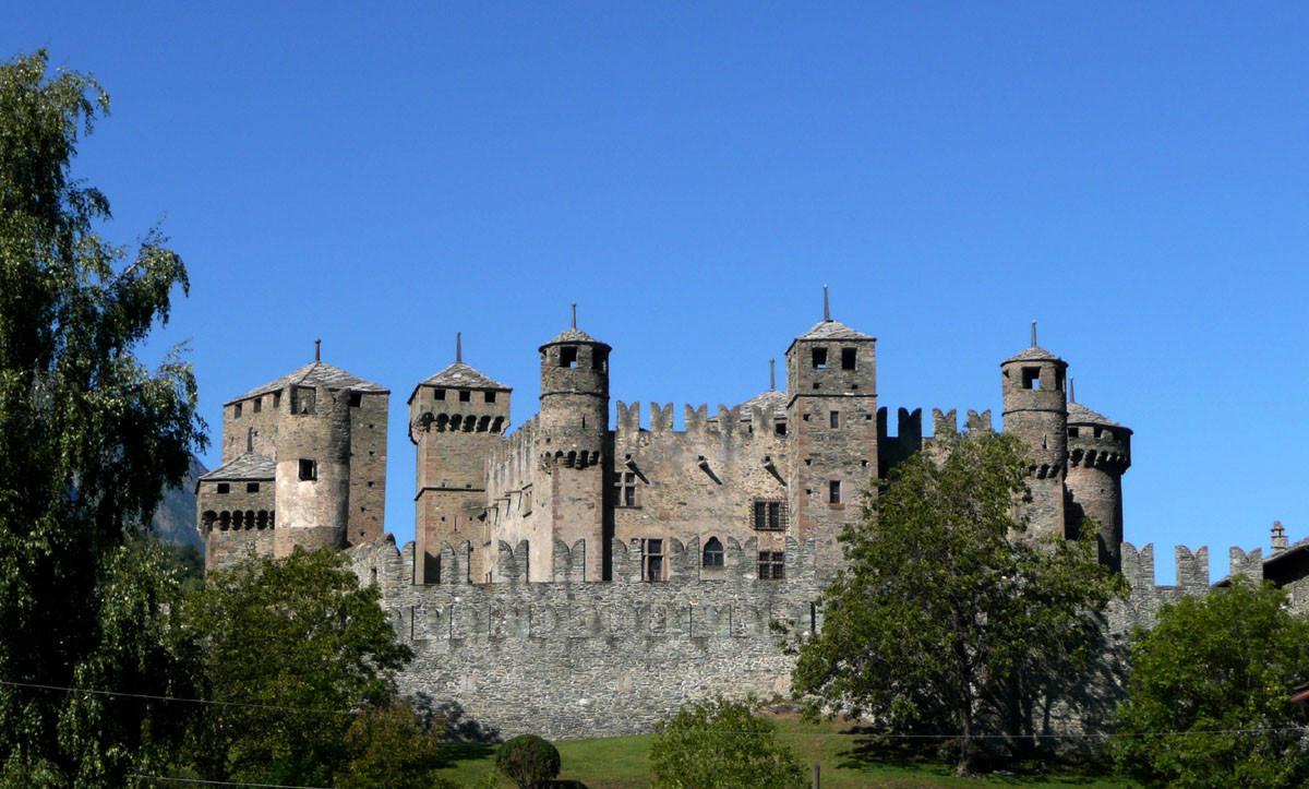 Chateau de Fénis