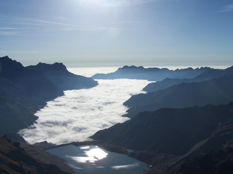 Val Ceresol vu en grimpant l'arete S de la Galise