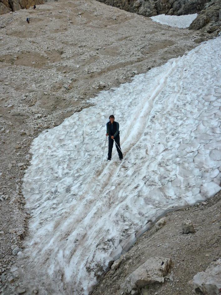 Descente du refuge...encore un peu de neige!