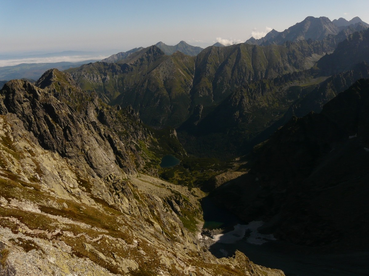 En montant au Rysy (lac versant E)