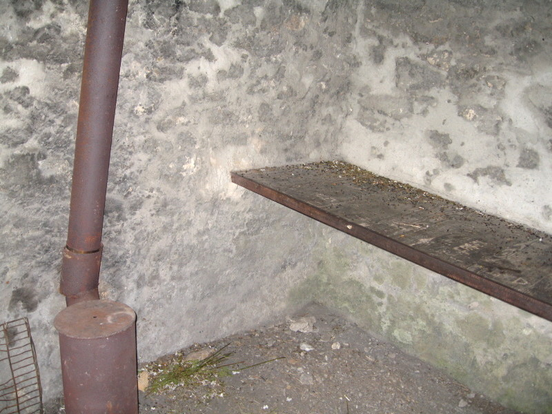À l'intérieur de la baraque