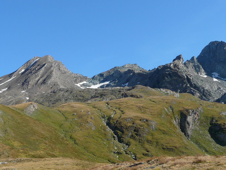 Col d'Arietta et la Tête de la Nouva à gauche (Cogne Grand Paradis)