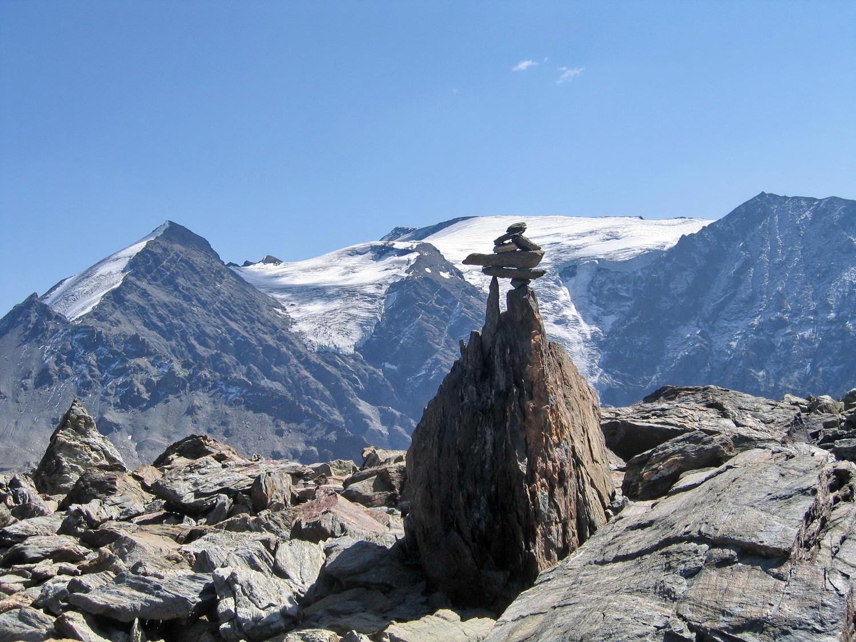 cairn vers le lac blanc et glacier vaudet