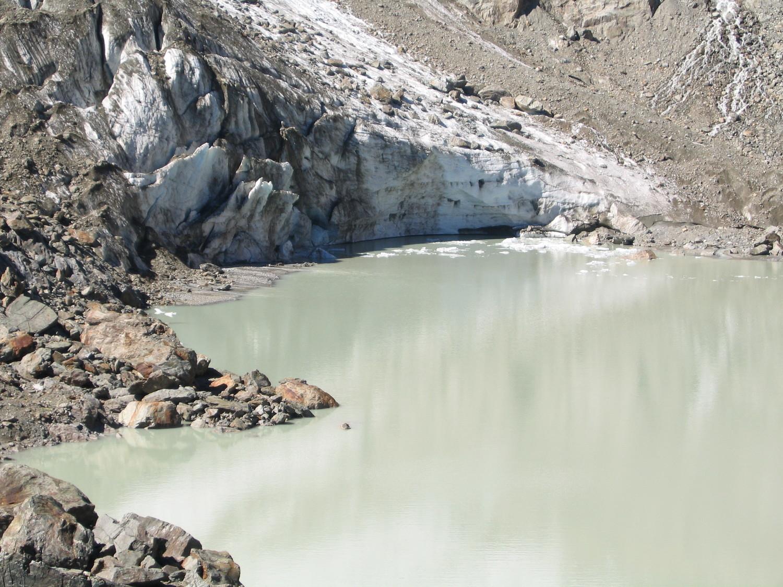 le front du glacier des quirlies en 2004