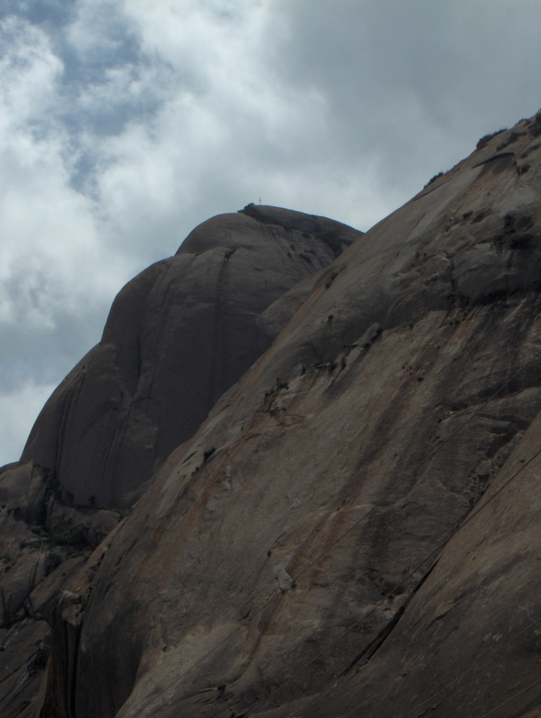 Le monolithe de Savandurga (Inde)