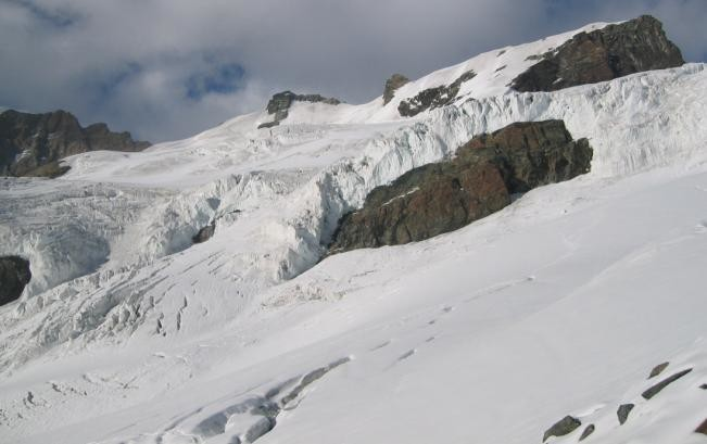 glacier Verra - qqs crevasses à contourner