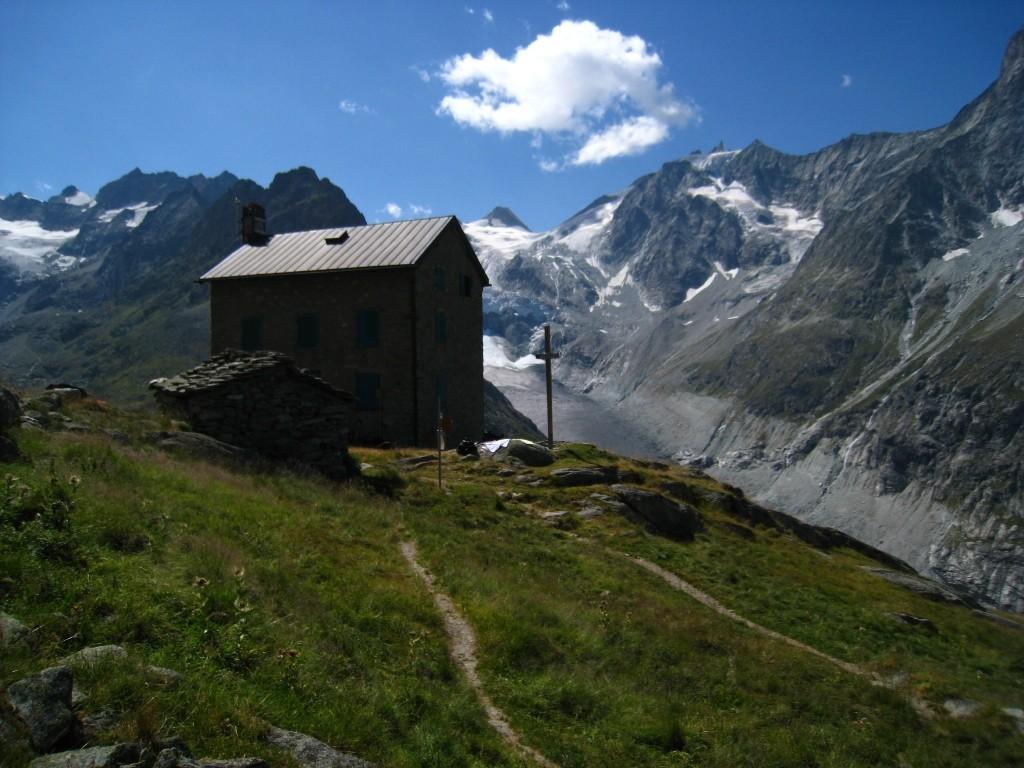 Vers le Bivouac du Col Dt Blanche, Bricola