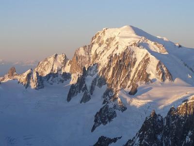 Lever de soleil sur le Mont Blanc