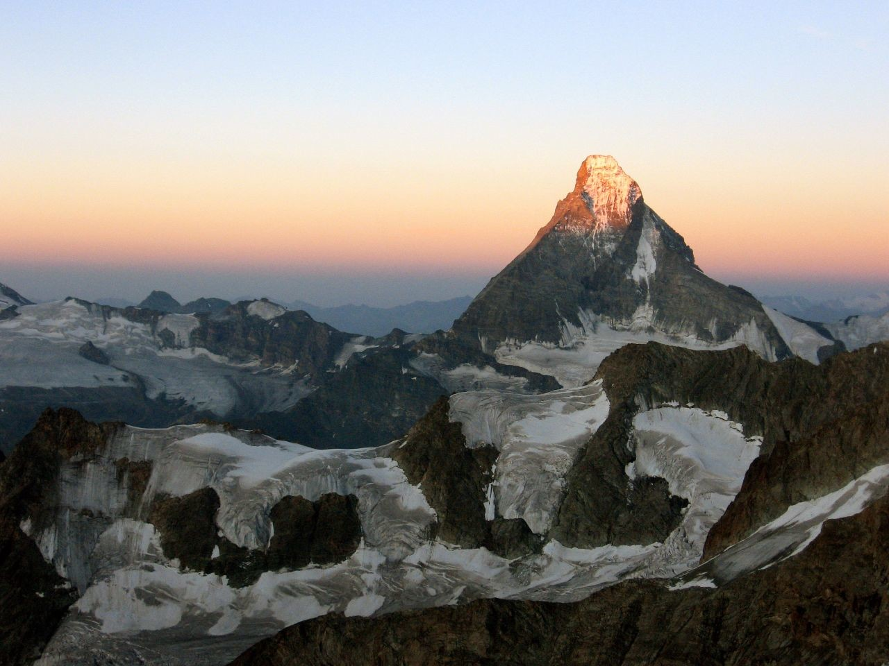 Matterhorn dawn from Zinalrothorn top