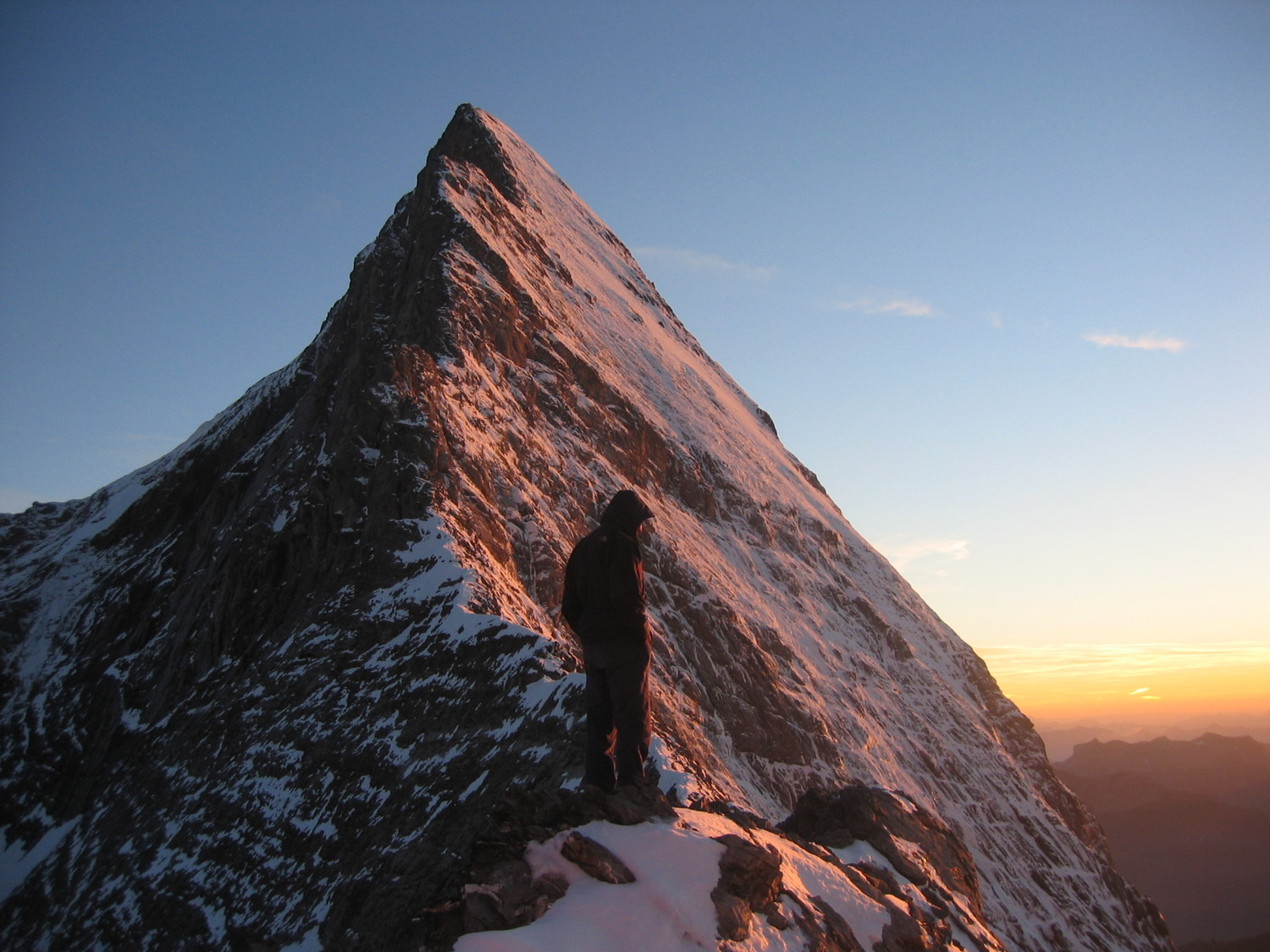Eiger: the sunset before the trip on Mittelegi ridge