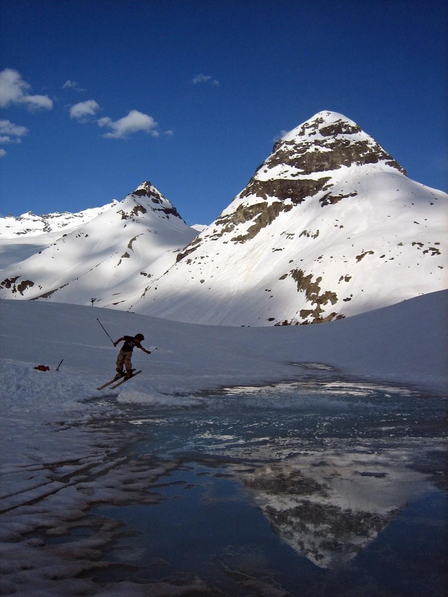 Deep water skiing