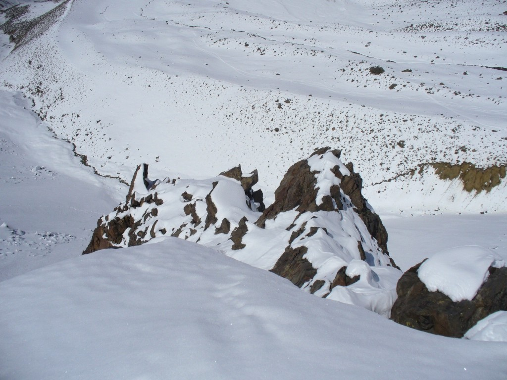Vista desde la cumbre. Abajo la veguita.