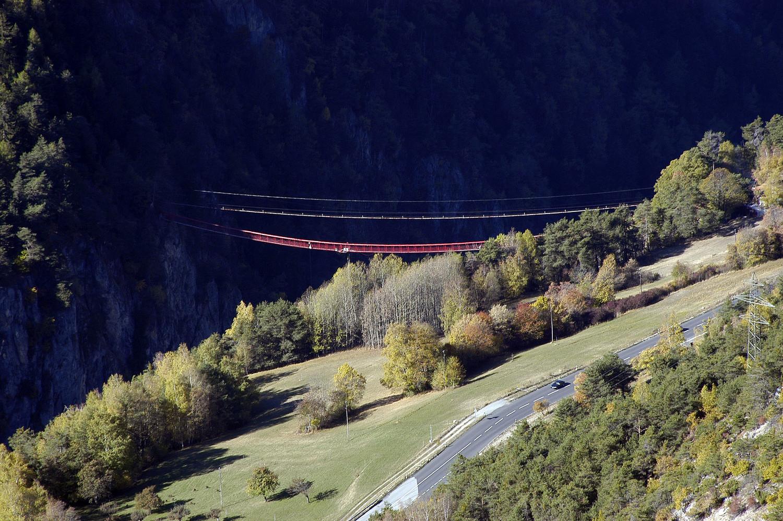 Pont supendu de Niouc