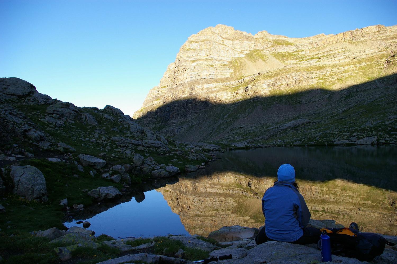Le calme de la montagne au petit matin - Lac des Pisses, Champsaur