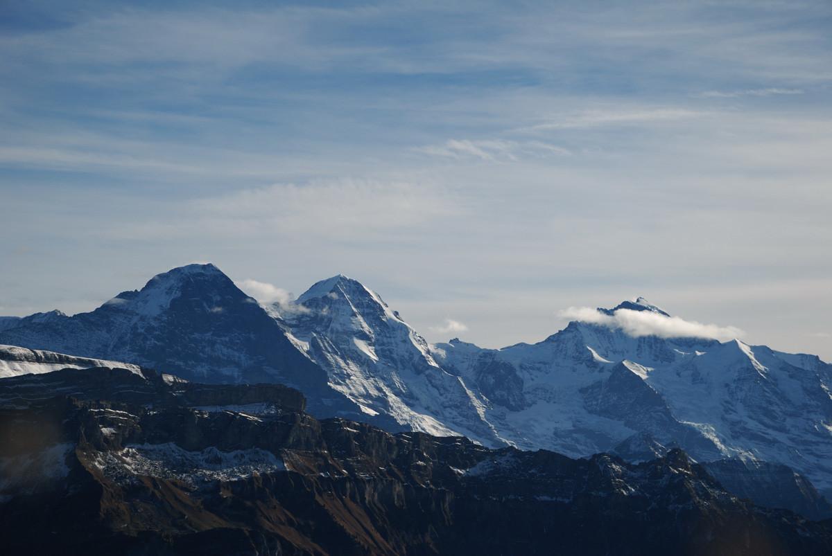 Eiger - Mönch - Jungfrau vus de l'arête du Brienzergrat