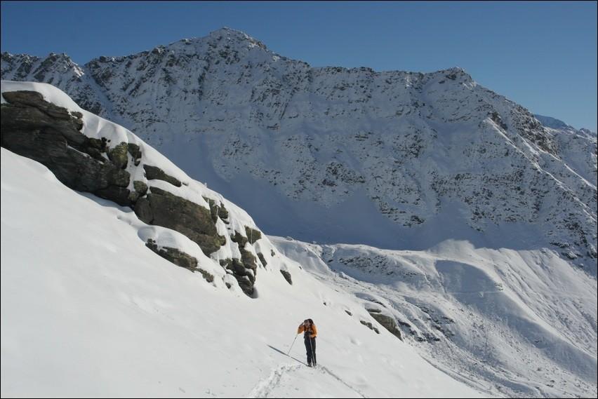 Pointe des Couloureuses, en montant au Col de la Traversette
