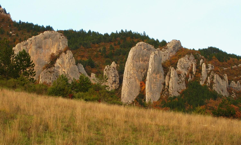 Les lames calcaires de Pennes-le-Sec.