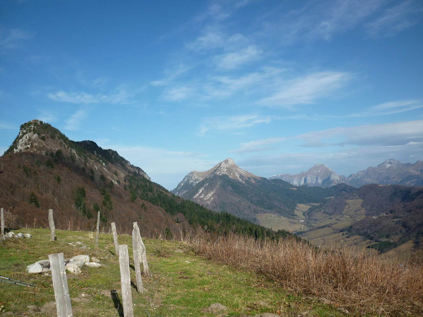 Le Mt Colombier et la station d'Aillon