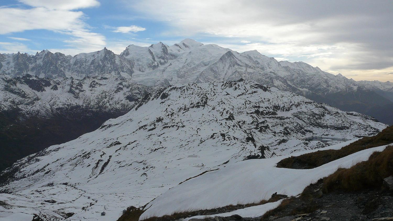 Panorama depuis le col d'Anterne avec Pormenaz au premier plan