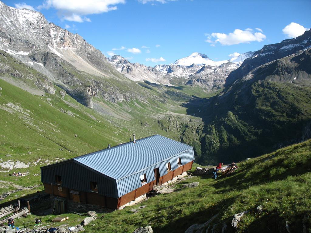 refuge du Mont Pourri et la Grande Motte