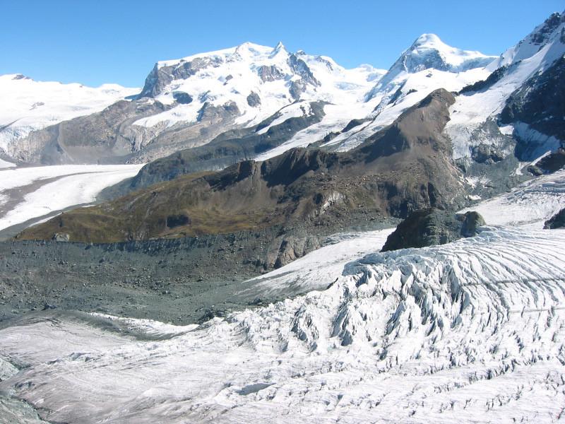 Mont Rose et Lyskamm depuis la Gandegghütte