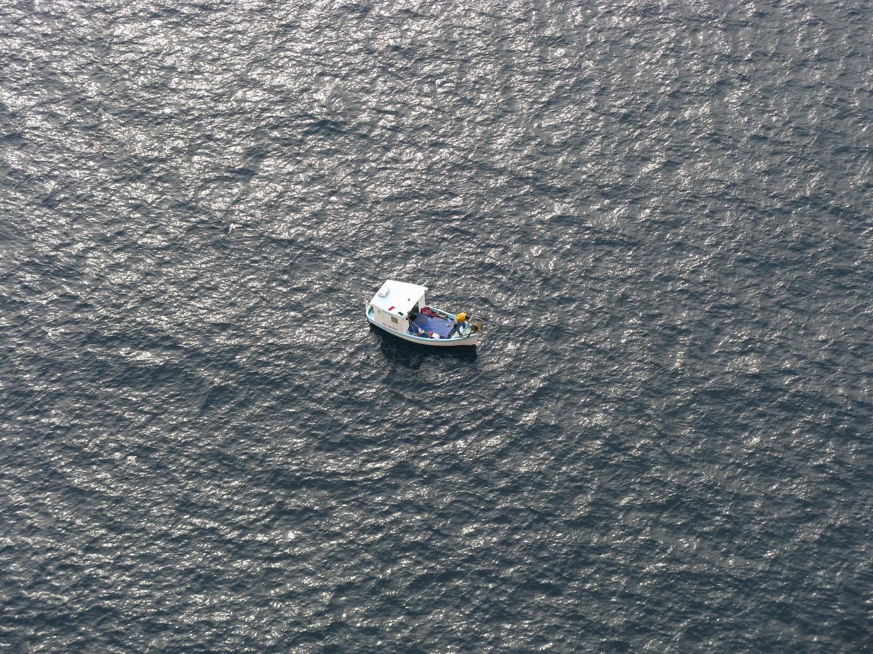 Un petit bateau de pêche