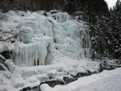 Artificial Icefall, Notre Dame de la Gorge