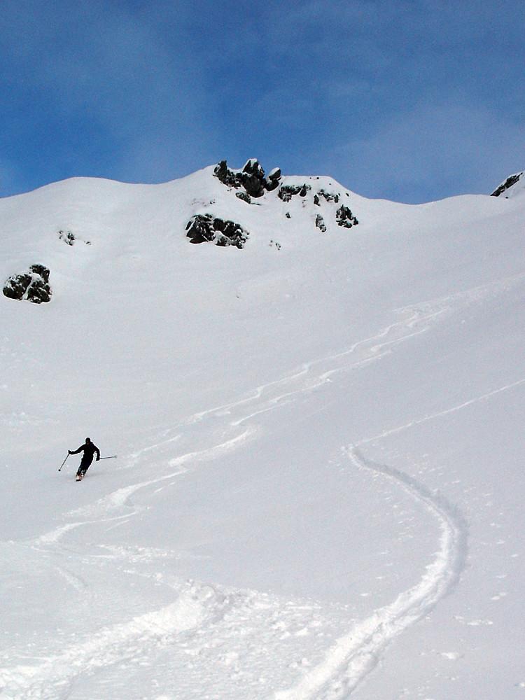 Giovanni pennella le prime curve poco sotto la vetta del Monte Verrobbio