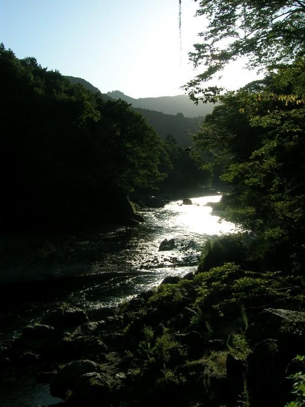 La vallée où se trouve le site de bloc