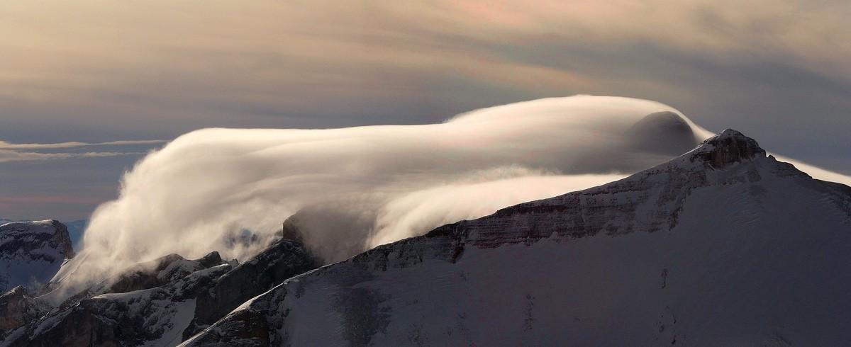 Lenticular cloud on Ferrand