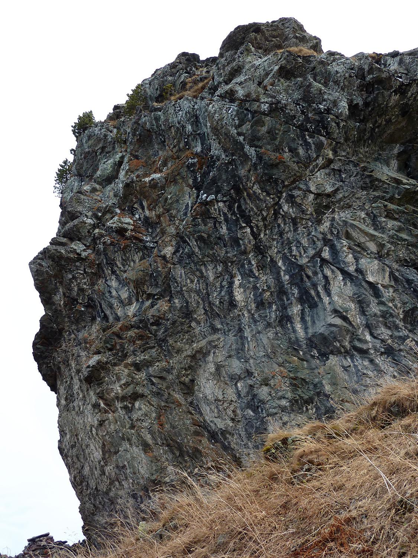 Rocher Mottin : versant W du bloc sommital