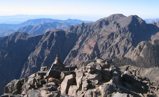 au sommet du Toubkal