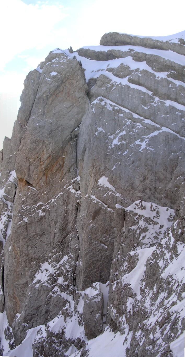 Roca Ordiguer : un joli dièdre (ce n'est pas celui de la voie Cerda-Pokorski !)