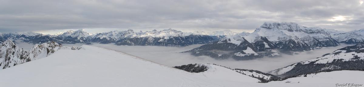 Panorama sur les Diablerets, Dents de Morcles, Mont-Blanc et Dents du Midi