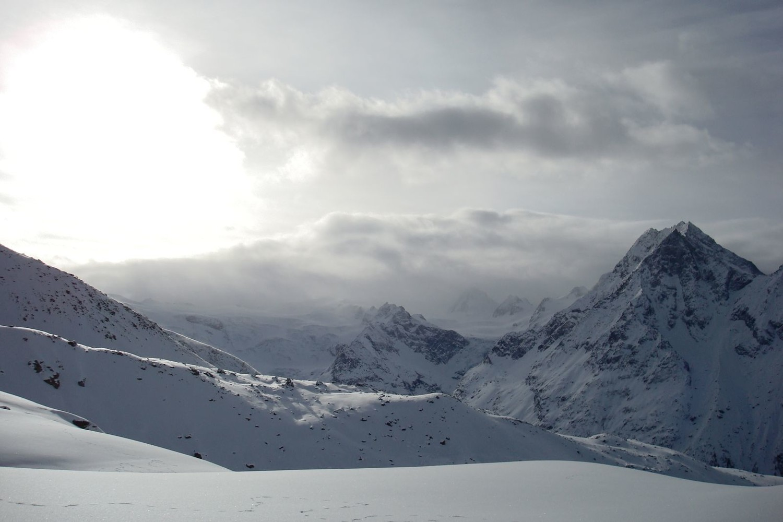 Nuages menaçants sur Ferpècle et le Mont-Miné