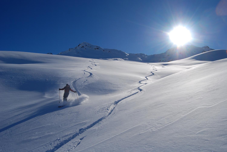 Apoteosi in neve fresca durante la discesa dal Dosso Resaccio.