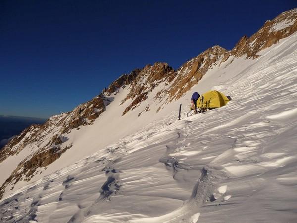 Nanga Parbat (Pakistan): dernier camp à 7600m dans la face NW