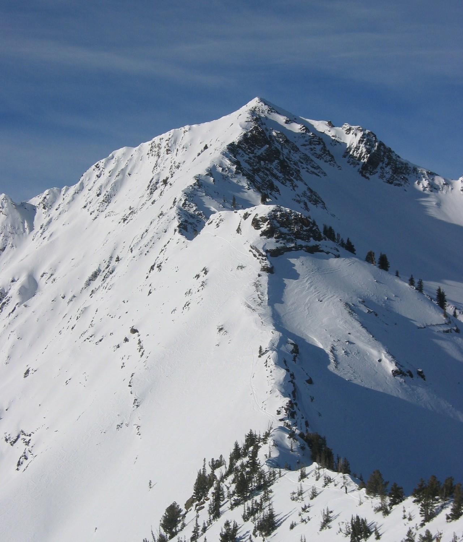 La cresta fino alla cima del Superior