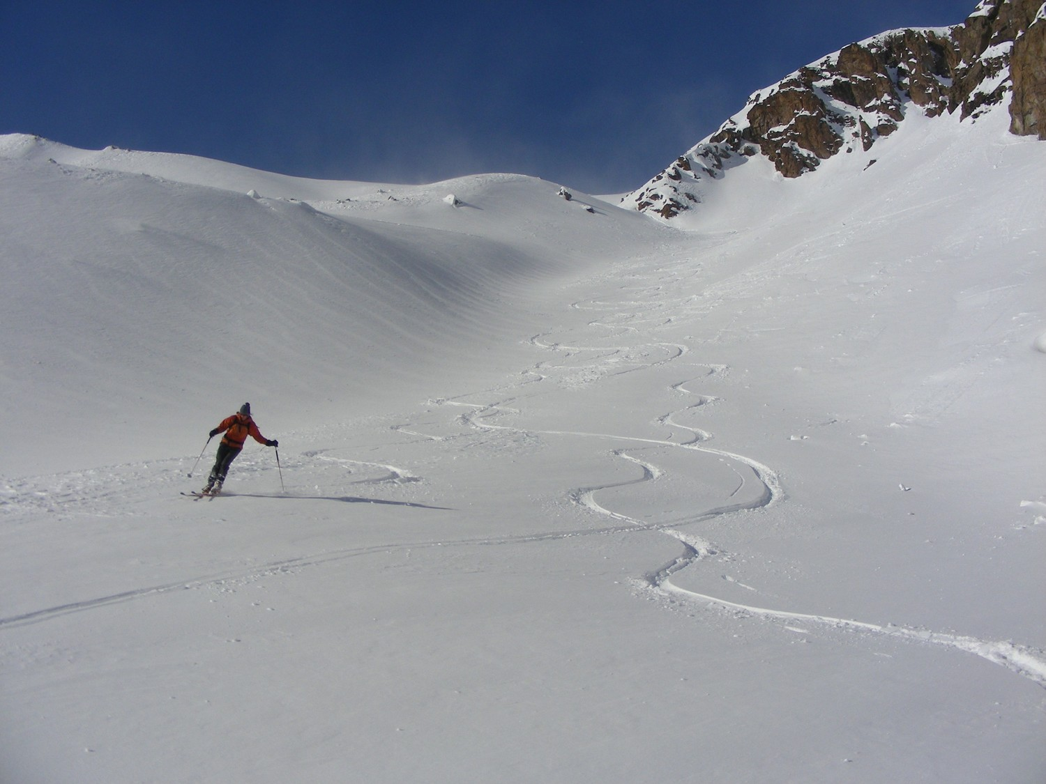 Good skiing in the gully that goes around the moraine