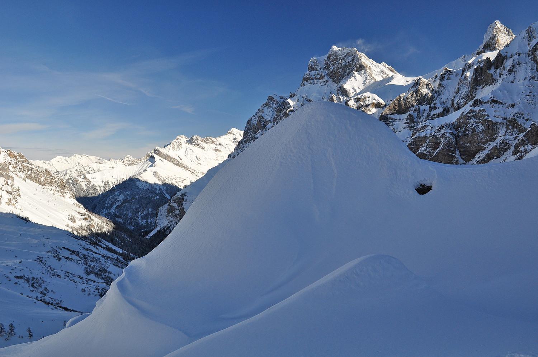 Tas de neige et Muveran