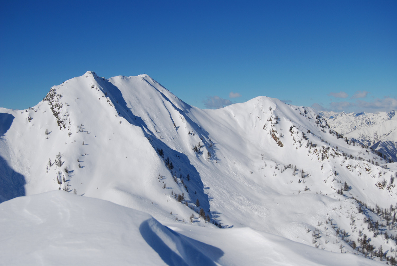 Il Pizzo Olano 2267 m e dei Galli 2217 m dalla Rosetta 2142 m.