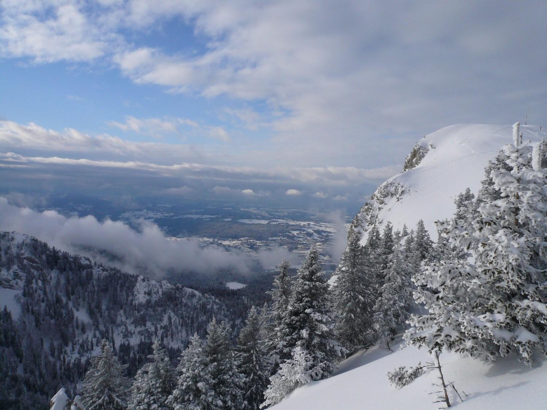 Petit Som, aujourd'hui ça skiait entre les nuages.