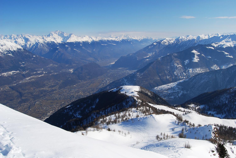 La Motta di Olano 1702 m, dal Pizzo dei Galli 2217 m.